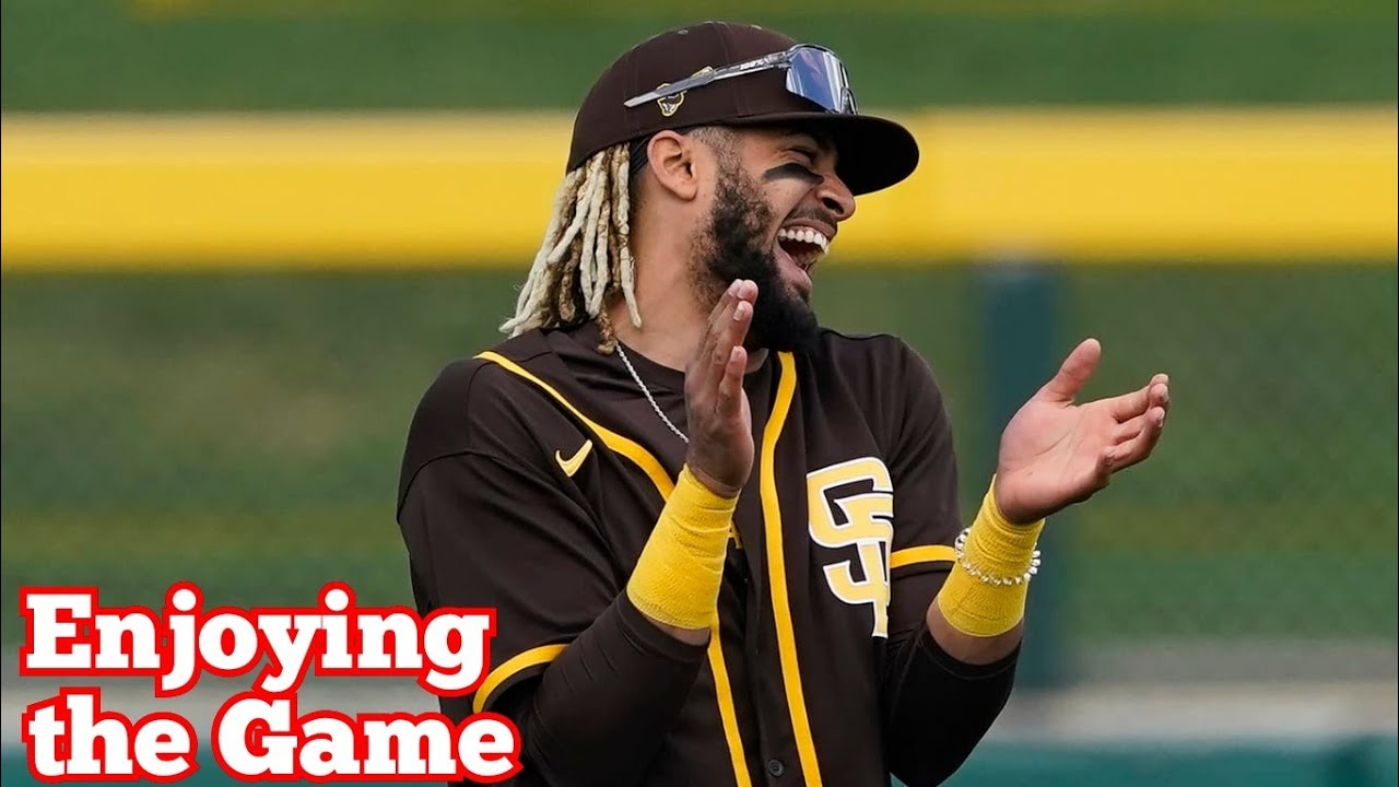 MLB Funny Moments #bloopers (Try Not to Laugh)