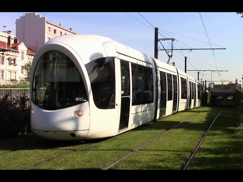t4 t2 line trams in lyon france july 2016 youtube. Black Bedroom Furniture Sets. Home Design Ideas