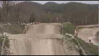 Как прыгать на мотоцикле, урок от Евгения Михайлова 480p)