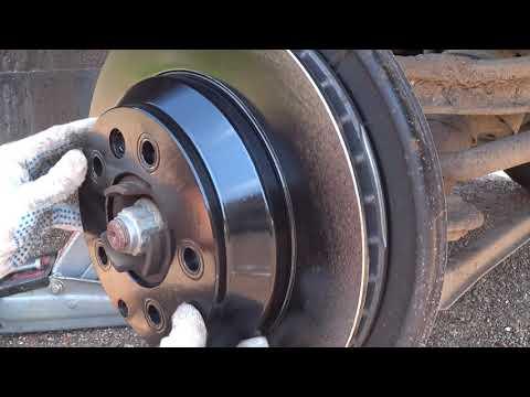 Volkswagen Touareg NF, FL замена задних тормозных колодок и дисков. Рубрика: Сервис и ремонт