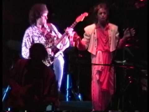 Yes - (Trump Taj Mahal) Atlantic City,Nj  4.12.91 (Part 1)