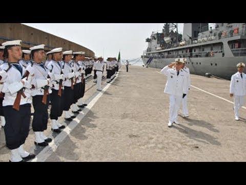 الجزائر: سفن حربية جديدة وحاملة طائرات وكاسحة الغام لتعزيز دفاعاتها البحرية والبرية والجوية