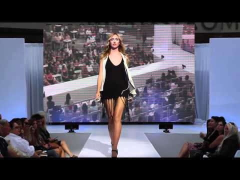 Fashion's Night Out at Santa Monica Place