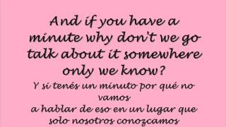 Repeat youtube video Somewhere Only We Know - Lily Allen (Lyrics & Traducción)