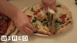 A Remarkable Technology Helps a Deaf-Run Pizzeria Thrive