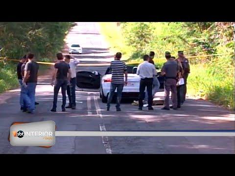Empresário é encontrado morto em carro de luxo; polícia investiga crime