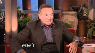 Robin Williams' Siri Impression!