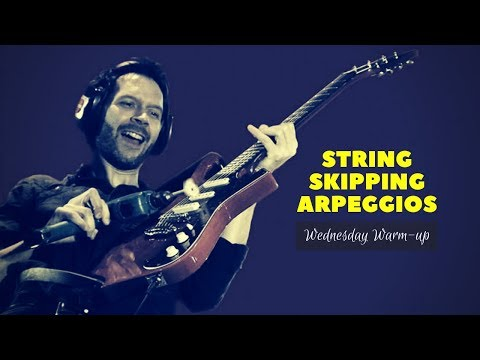 Warming up with || Paul Gilbert - String Skipping Arpeggios