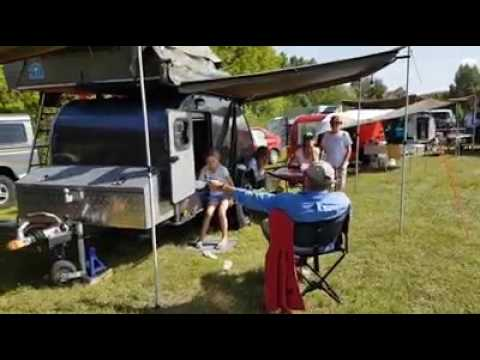 deplace caravane camper trolley doovi. Black Bedroom Furniture Sets. Home Design Ideas