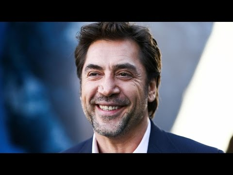 EXCLUSIVE: Javier Bardem Reacts to Penelope Cruz's 'American Crime Story' Versace Transformation
