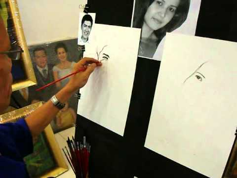 Left & right handed artist make a charcoal portrait for Vic sotto ,Quezon city  Philippines.(part 1)