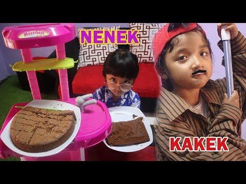 Drama Nenek Dan Cucu Penjual Kue