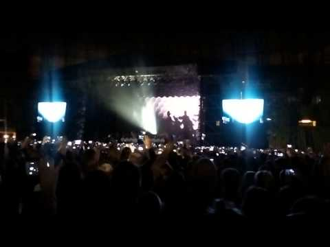 Frank Sinatra, Willie Nelson - My Way/Justin Timberlake - Pusher Love Girl-Gdańsk, Poland, PGE Arena