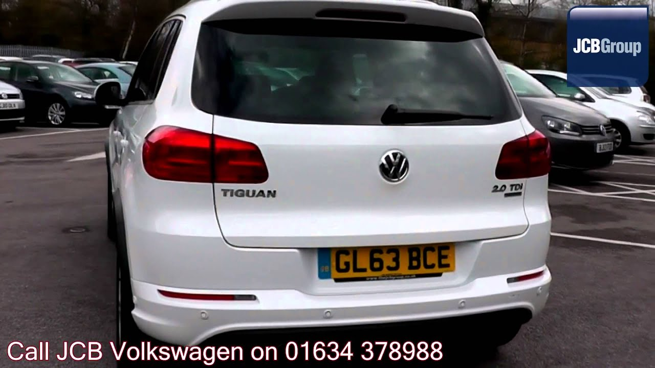2013 volkswagen tiguan bluemotion r line 2l pure white gl63bce for sale at jcb vw medway youtube. Black Bedroom Furniture Sets. Home Design Ideas