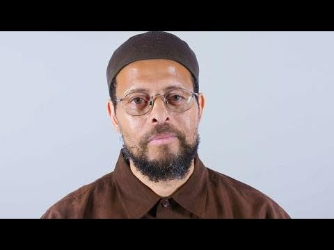 الإمام زيد شاكر.. أمريكي دفعه سؤال طفلة لاعتناق الإسلام