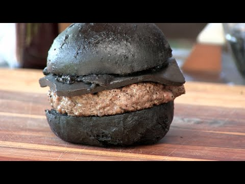 BK's Kuro Burger Recipe! (Black Cheeseburger!)