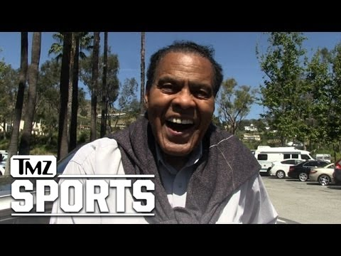 Ex-Lakers Teammate- CALLS BS ON WILT CHAMBERLAIN...No Way He Boned All Those Chicks! | TMZ Sports