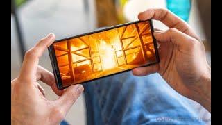На сей раз без подвоха: экран смартфона Sony Xperia 1 практически всегда будет отображать картинку