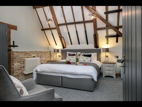 The Granary Wedding Barn. Honeymoon suite