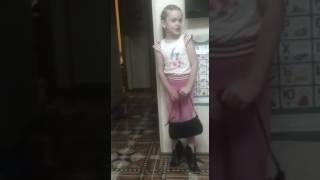 Акопова Милана стих Наша мама лучше всех