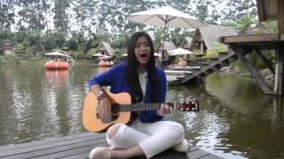 Video utopia- hujan (cover by kiani) download MP3, 3GP, MP4, WEBM, AVI, FLV Maret 2018