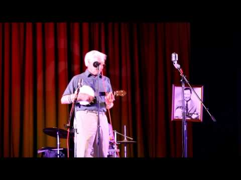 Alan Newton sings Rock A Bye Your Baby With A Dixie Melody July 2013
