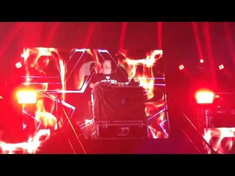 RAVE OF THRONES DJ Kristian Nairn Hodor ToyConPH 2016 Day 3