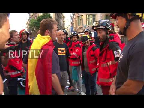Spain: Thousands of pro-Catalan protesters rally outside regional police HQ