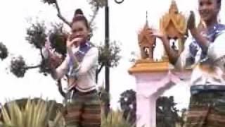 Lum Phoo Thai Dance
