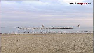 E la nave non c'è più: l' Efe Murat toglie il disturbo, la spiaggia è liberata