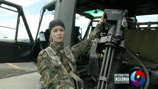 Primera mujer del Ejército Nacional en volar un helicóptero UH 1N