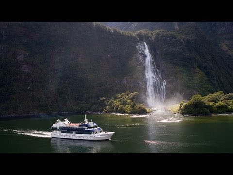 Milford Sound Scenic Cruises - Real Journeys, New Zealand