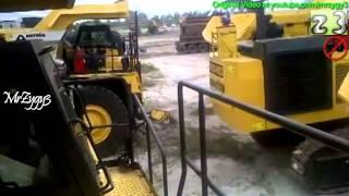All New Dump Truck Komatsu HD785 And Excavator Komatsu PC1250