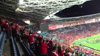 "British & Irish Lions fans sing ""Wonderwall"""
