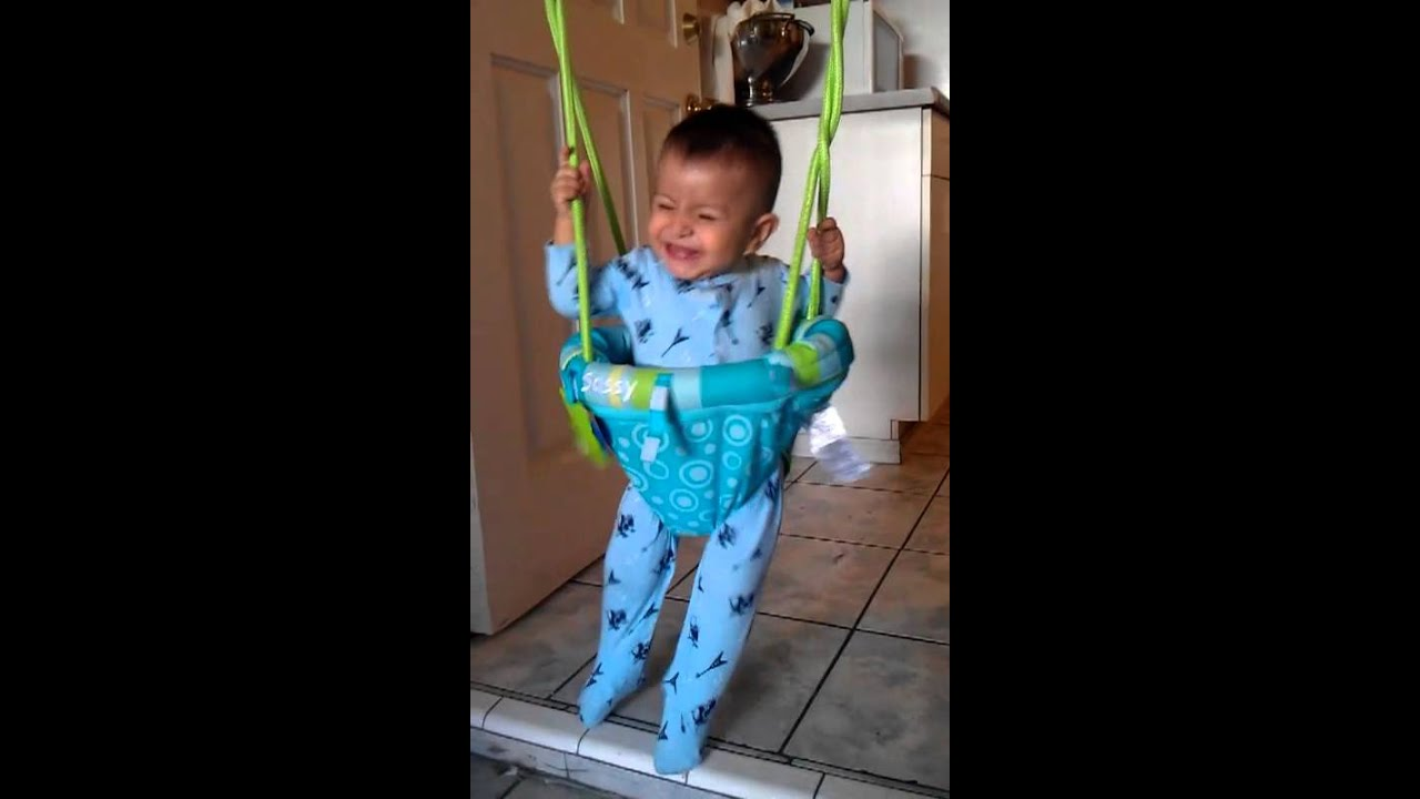 d24ce02978aa funny lol. BABY BUNGEE JUMPING - YouTube