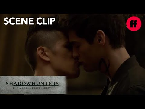"Shadowhunters | Season 2, Episode 6: #Malec ""I Don't Care Who You've Been With"" 