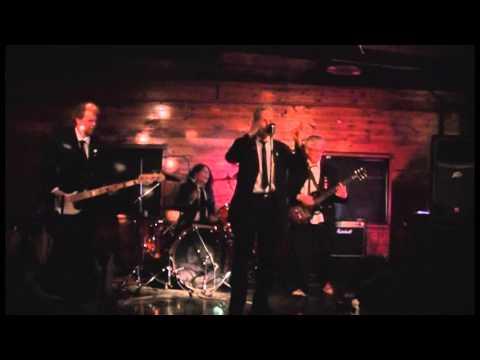 Dead Freddie - DEBONAIRE - Smiler Coogans - 12 4 2015