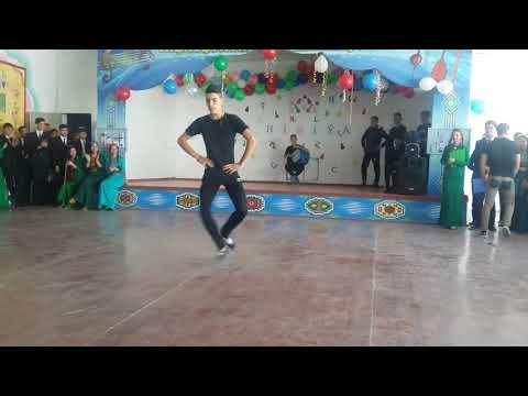 Turkmen oglanlary - Break dance+Lezginko+ akrobatika.... cykysh.