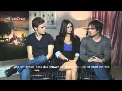 The Vampire Diareis Interview with Ian, Paul and Nina (Damon, Stefan and Elena)
