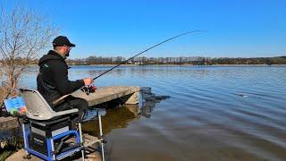 Фидерная ловля на озере Ждём леща и он плывёт Рыбалка 2020