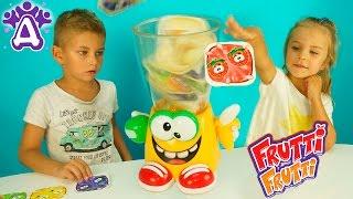 Детские видео и игры для детей. Миксер Frutti Frutti - новая игрушка. Видео для детей Друзяки(Видео для детей про новою игрушку - Детские видео и игры для детей. Миксер Frutti Frutti - новая игрушка. Видео для..., 2016-09-05T11:44:26.000Z)