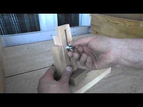 видео: Приспособления для установки глубины пропила на циркулярке