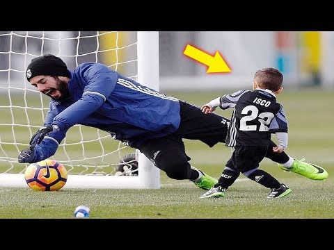 FUNNY KIDS IN FOOTBALL ● FAILS, SKILLS, GOALS #3