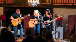 "The ""Joan Kennedy"" Trio - Jambalaya"