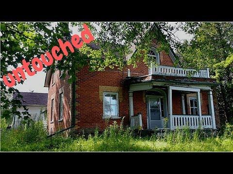 Urban Exploration: Untouched Abandoned Farm House
