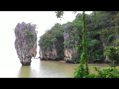 Phang Nga Bay, Thailand 2016. Midlifebackpackers.com
