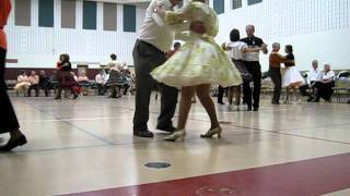 Last Cheaters Waltz Round Dance at Swing Thru Square Dance Club  Oct 28, 2011