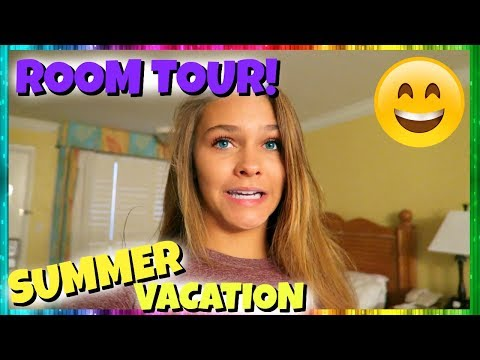 🌴 SUMMER BREAK VACATION BEGINS! 🌴 HOTEL ROOM TOUR!