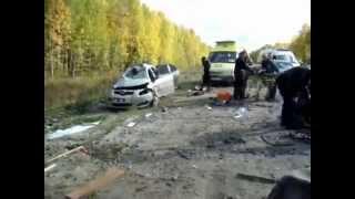 Серьезная лобовая авария (видео + фото)