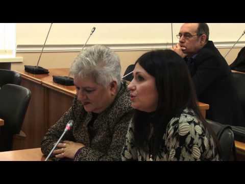 Руководители департаментов администрации Волгограда расписались в беспомощности